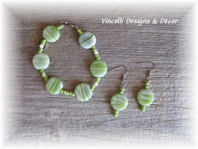Green/White Bracelet & Earrings