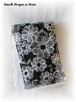 Burp Cloth - Flowers Black/White