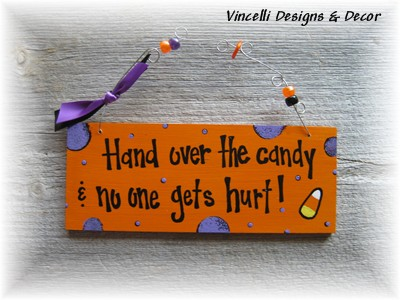 Handpainted Wood Plaque - Halloween Candy-handpainted, wood, plaque, sign, halloween, candy,