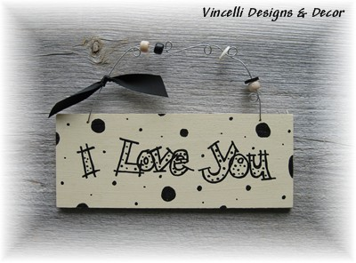 Handpainted Wood Plaque - I love you!-wood, handpainted, plaque, sign, gift, love, wedding,