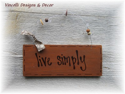 Handpainted Wood Plaque - Live Simply